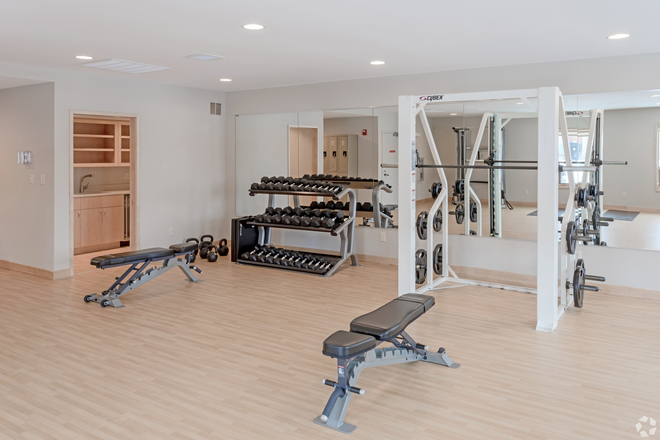 Fitness Center - Greenway Village Luxury Townhomes -- Perfect for College Roommates!!