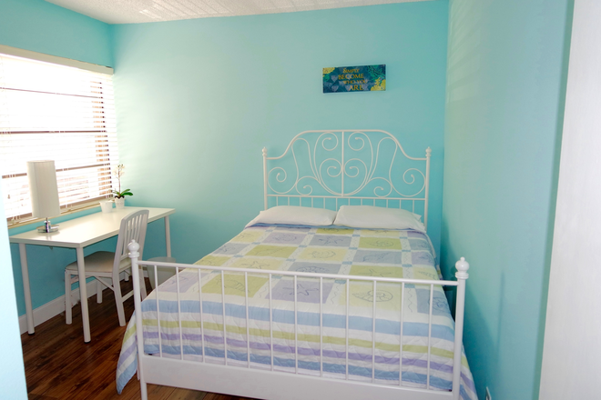 Bedroom - Private Room fully furnished. Everything included. Free Parking. Rental