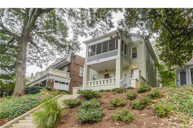 Exterior - front - Large 3BR/2BA in Charming Little Five Points / Candler Park Duplex Rental