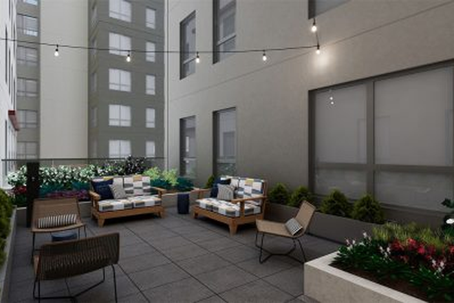 Courtyard - The Standard at State College Apartments