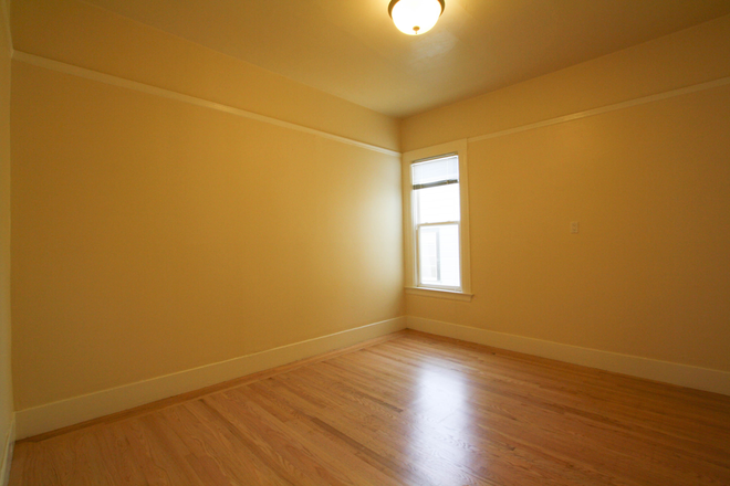 Bedroom - Gorgeously Remodeled 2BR Apartment on Hayes near USF!