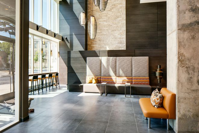 Gorgeous hotel-inspired lobby