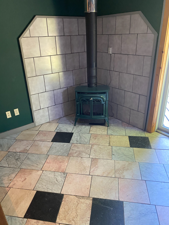 wood stove - 3 bedroom near Puffers Pond Apartments