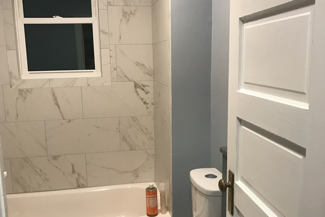 Bathroom - Spacious NE DC Home Walking Distance to Blue/Silver Line Rental