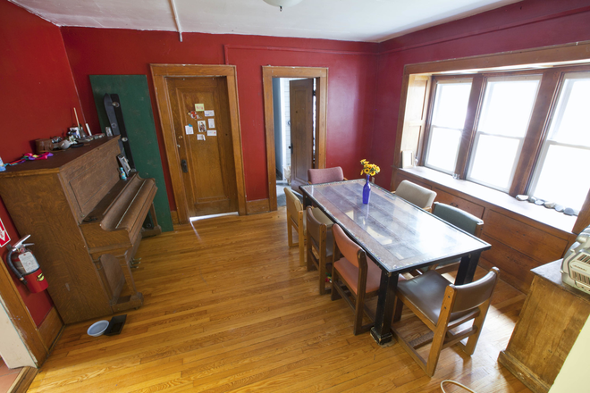dining room - Ferency Cooperative Housing Rental