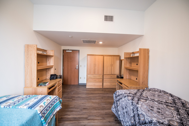 Shared Bedroom, Furnished - Global Friendship House, Furnished, next to Campus. Single or Shared Bedrooms, Efficiencies Rental