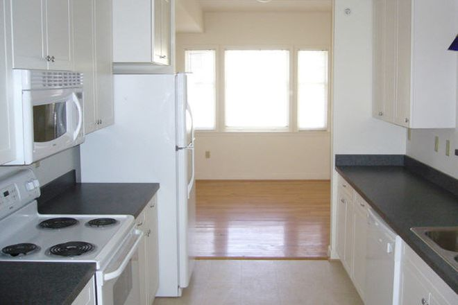 Kitchen at Wertland Square - Wertland Square Apartments