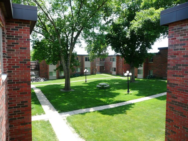 University of Iowa | Off Campus Housing Search | Emerald ...