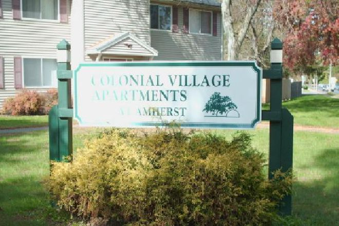 Sign - Colonial Village Apartments