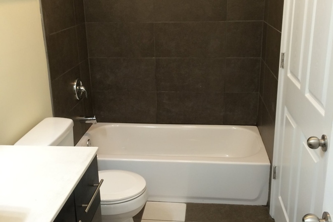 Bathroom I - Room in a Brand new large 4br/2ba apt close to campus, Station North. Granite. Marble oak f