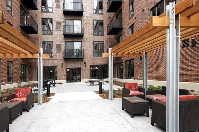 Outdoor Patio - The Elysian Apartments