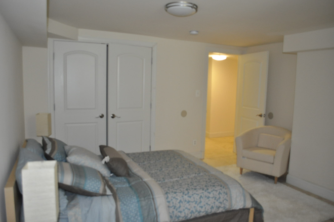 Master Bedroom 2 - Luxury 2 bedroom Condo Unit with fireplace