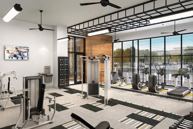 Pivot fitness center - Pivot Midway Apartments: convenient to bus and train!