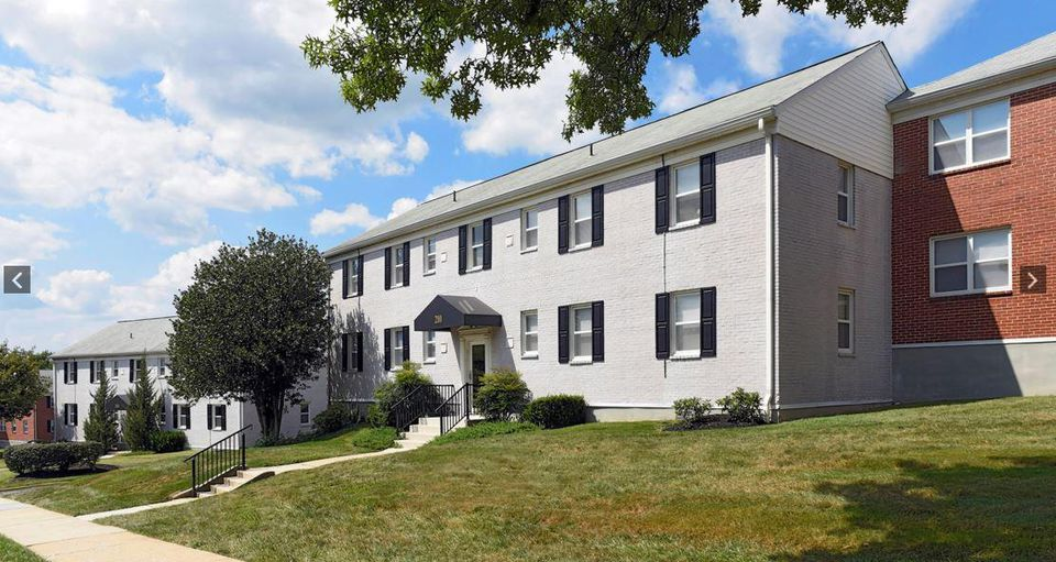Are Northeastern Room Rates Per Month