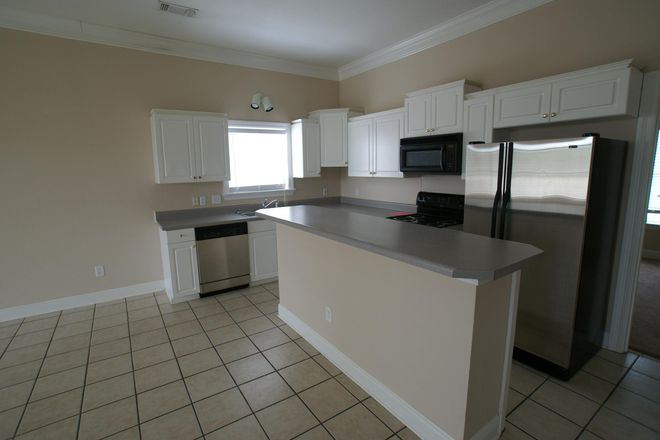 4A Kitchen Bar area with tile floors