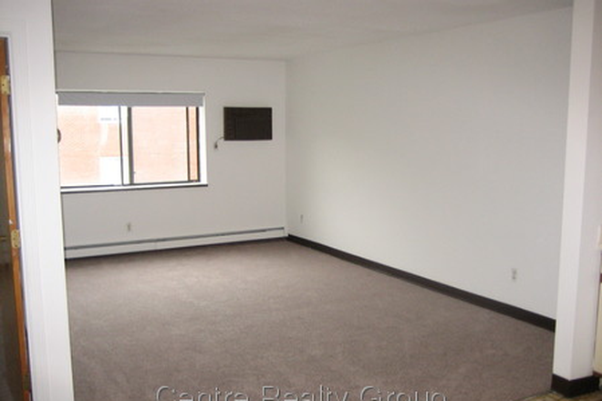 Bedroom - Great 1 bed 1 bath in Waltham Recently Renovated Kitchen & Bathroom Apartments