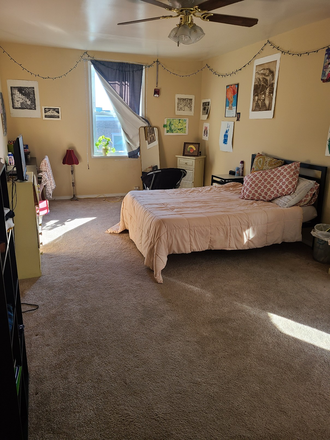 Back bedroom - 4 Bedrooom/2 Full bath House for Rent*** w/ OFF-STREET parking... CALL/TXT TODAY! Rental