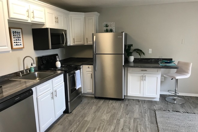 3x1 Kitchen - Aspen Chase -  All-Inclusive Apartments Minutes From Campus! Join Our Waitlist for Summer/Fall 2021!