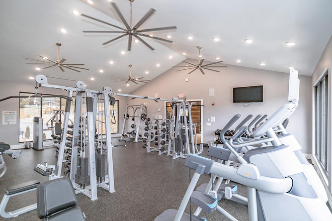 Fitness Room - 808 West- Closest community to Campus!!!! Apartments