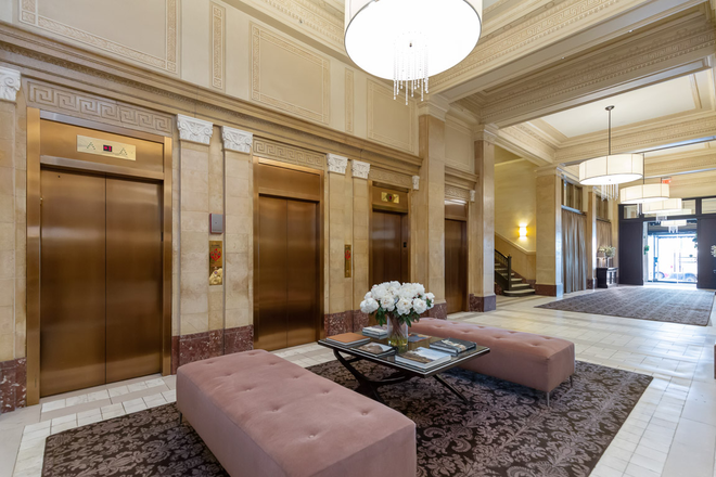 Lobby - Woodward Building Apartments