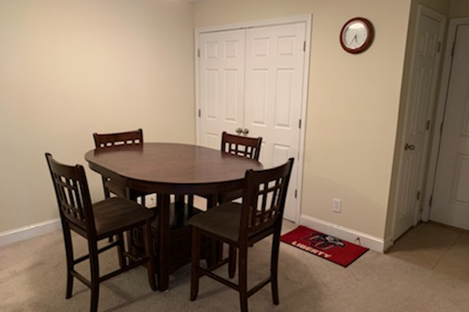 Dining Area/Washer & Dryer Access - Beautiful Wyndhurst Condo no payment for utilities