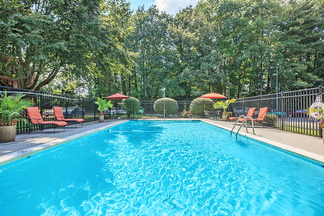 University of tennessee knoxville off campus housing - Seymour johnson afb swimming pool ...