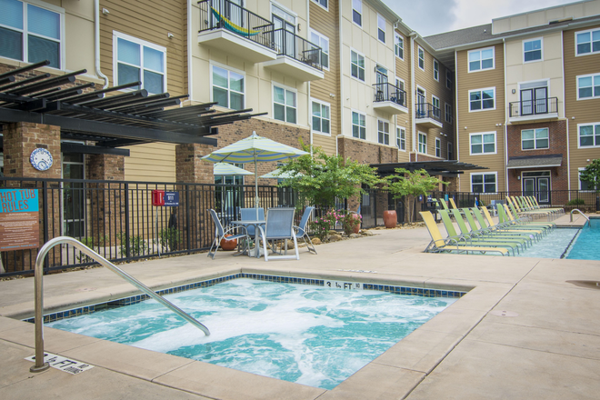 Pool - University Apartments