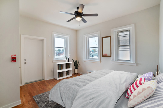Bedroom - 4300 Chestnut Street: Renovated 1, 2, and 3 Bedroom Apartments Close to Campus. Laundry in Unit!