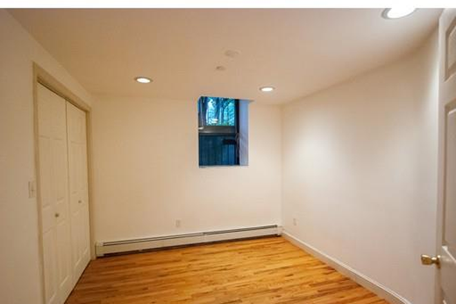 Bedroom - One of a Kind 3 Bed/2 Bath Condo Available in Fenway!