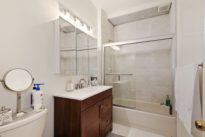Bathroom - Beautiful, Safe, Clean, Fully Furnished 1 Bedroom in Georgetown Condo