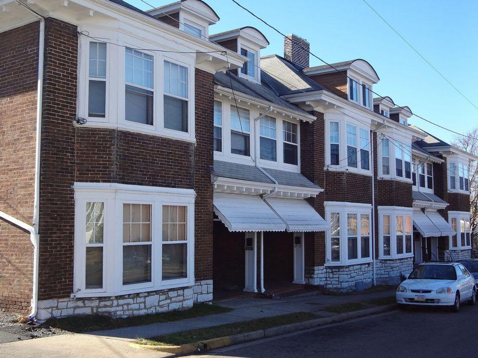 James Madison University Off Campus Housing Search 93 Franklin Street One Bedroom