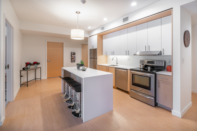 Spacious kitchens - Olympia Place Apartments