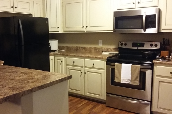 Kitchen - Reduced! Rural Dunivan Drive House  Close to Campus;  1 Room Available for 2021; Utilities Paid Rental