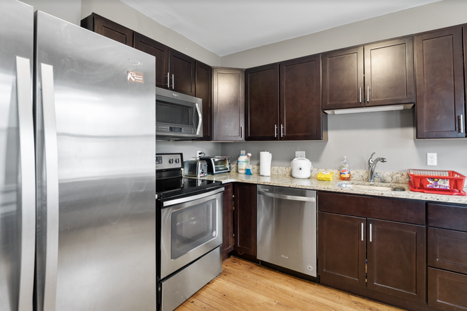 Kitchen - Rent a Private Bedroom in a Beautiful 7 bed/3 bath Apartment in Waltham!