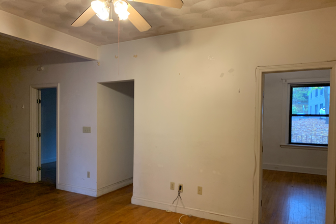 living room to bedrooms - Large 4 Bed, close to campus Apartments