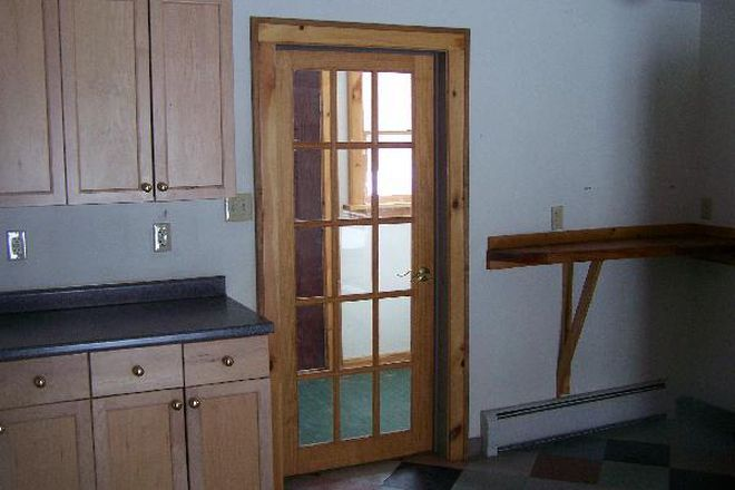 kitchen - 3 bedroom near Puffers Pond Apartments