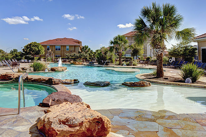 Pool - Callaway Villas Apartments