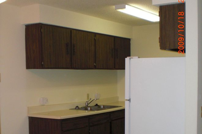 Kitchen - Indian Ridge Apartments